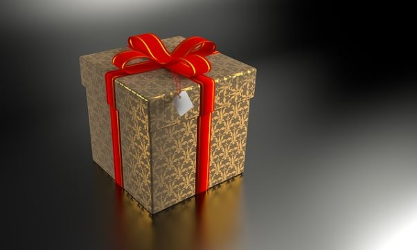 present-2891863_640.jpg