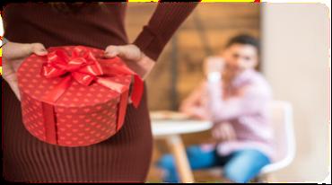 彼氏が喜ぶプレゼントは何? 10代20代の年齢層別まとめ