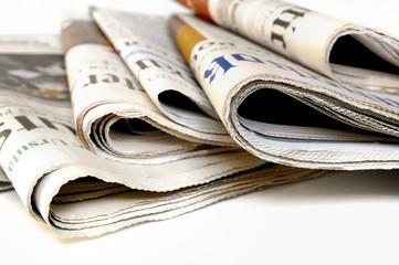新聞紙は再利用すると掃除に役立つ!?新聞紙のおススメ掃除法5選