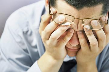 仕事のストレスが限界だと感じた瞬間の対処法!男女別ストレス発散法