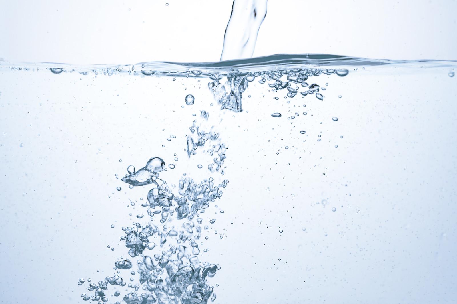 水は健康に良いけどどう飲めば?ミネラルウォーターや水道水を美味しく飲むコツ!