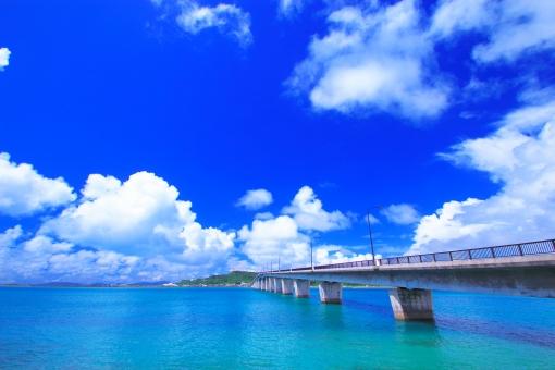 沖縄本島と離島、どっちがおすすめ?