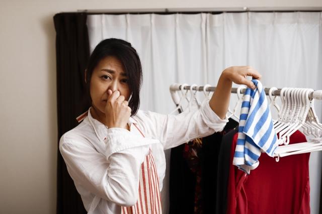 洗濯の生乾き臭対策。応急処置や洗濯時の注意はコレ!
