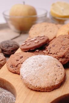 おやつの代表クッキー、ビスケット、サブレ、その違いわかりますか?